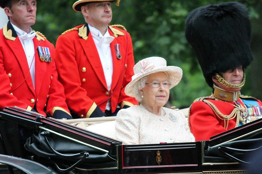 עד 120: על הפרעות בליעה גריאטריות ומלכת אנגליה